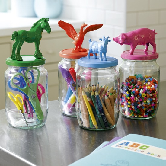 Childs-bedroom-craft-jars-2